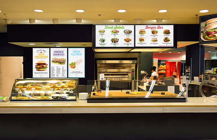 The Advantages of Digital Menu Boards and Tips for Using Them